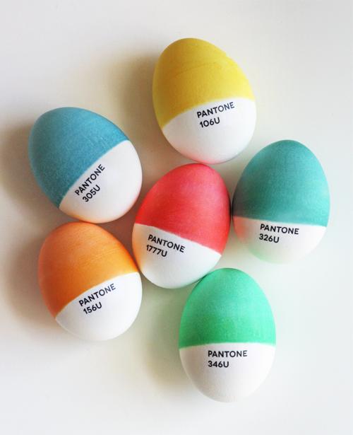 Pantone-easter-eggs